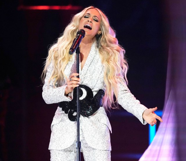 Carrie Underwood Wore Head-to-Toe Sequins for Her 2021 CMTs Performance