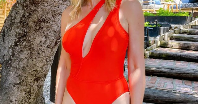 Lizzo, Christie Brinkley, Jenna Dewan and More Stars Prove One-Piece Swimsuits Can Be Sexier Than a Bikini.jpg