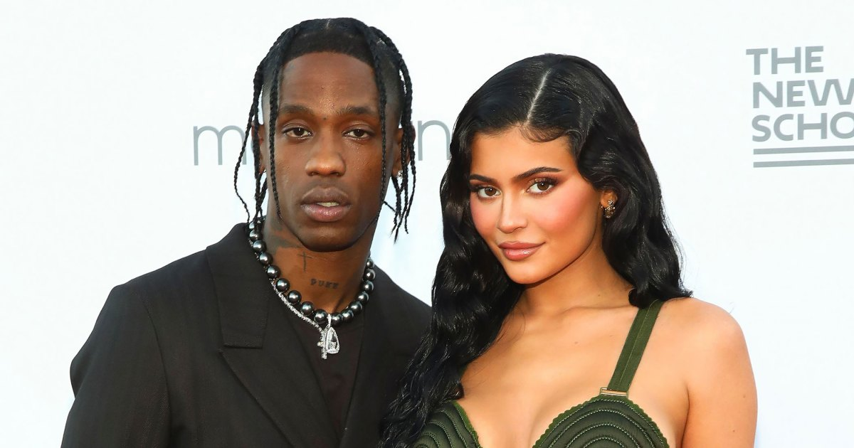 Travis-Scott-Attends-Red-Carpet-Event-With-Wifey-Kylie-Daughter-Stormi-Slide-1.jpg?crop=0px,0px,2100px,1103px&resize=1200,630&ssl=1&quality=86&strip=all