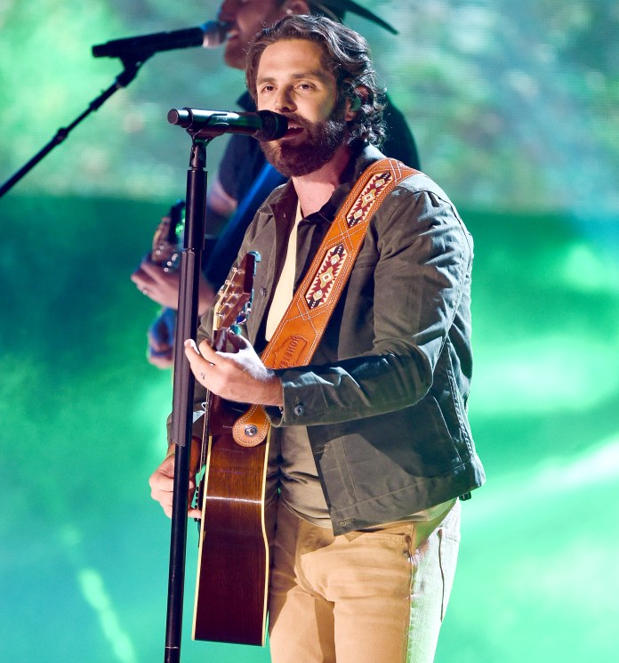 Why Pregnant Lauren Akins Didnt Attend CMT Awards 2021 With Thomas Rhett