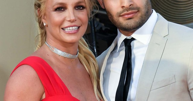Britney Spears' Boyfriend Sam Asghari Jokes They've Been Married 'for About 5 Years' After Engagement Rumors.jpg