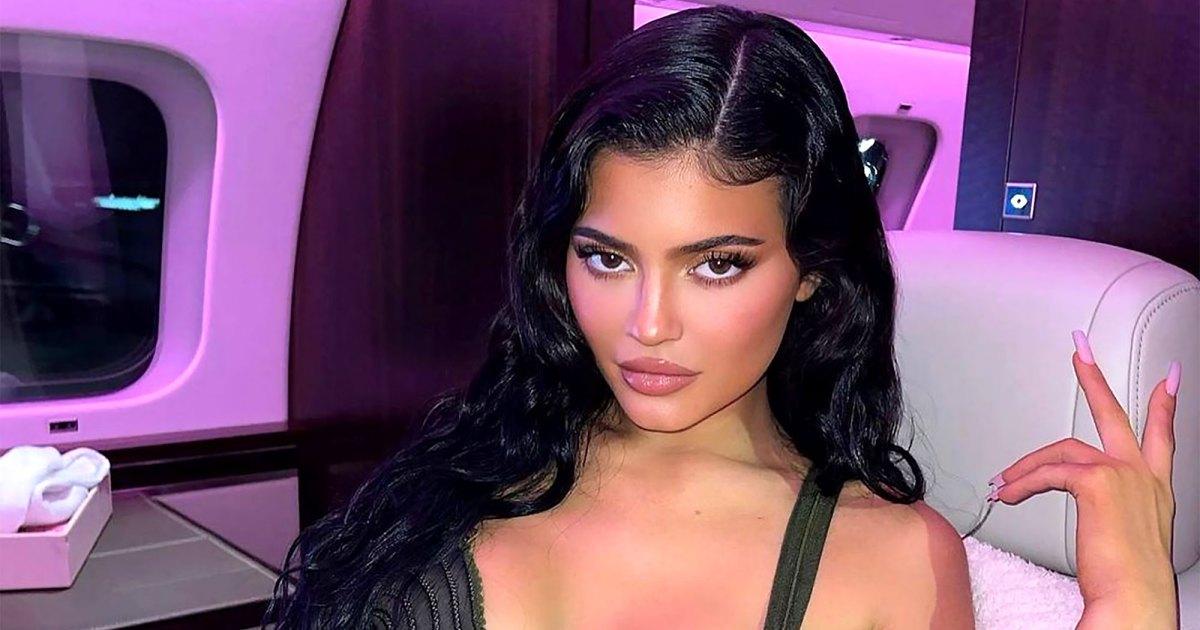 Snakeskin! Swirls! Kylie Jenner's Nail Artist Spills Summer's Hottest Manicure Trends