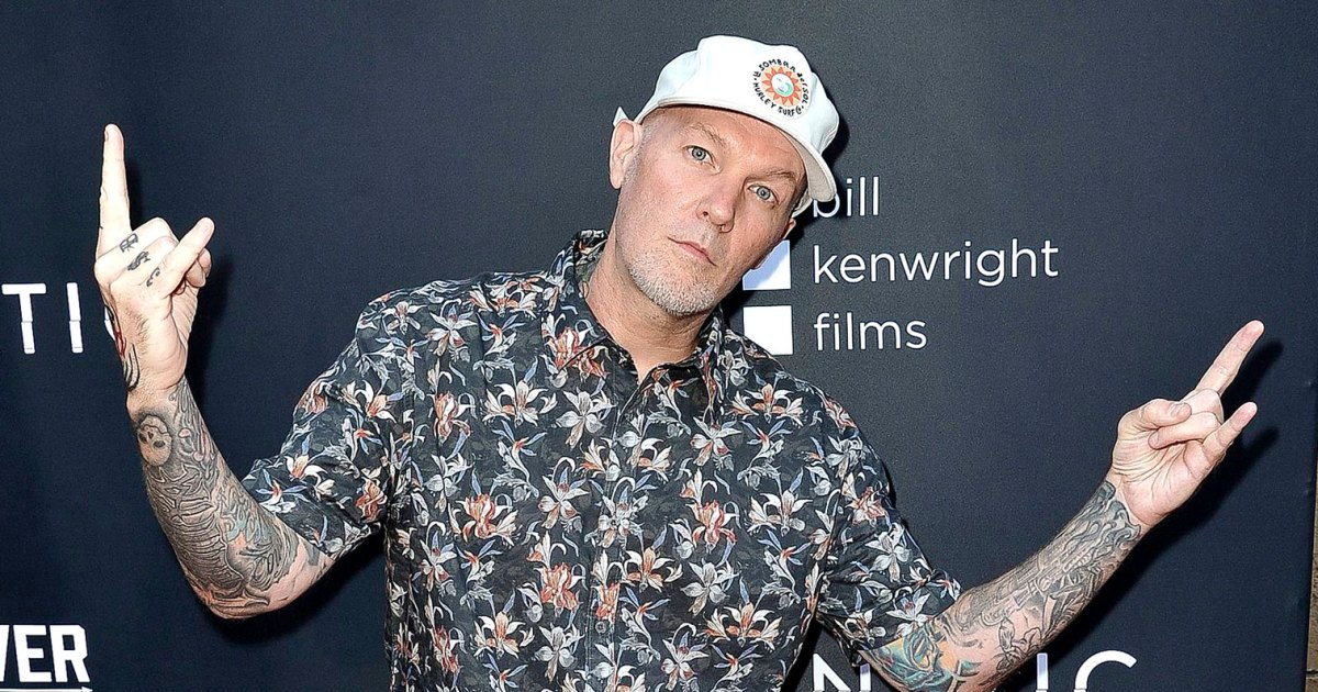 Limp-Bizkit-Fred-Durst-Is-Nearly-Unrecognizable-With-Mustache-in-New-Selfie.jpg?crop=6px,8px,1516px,795px&resize=1200,630&ssl=1&quality=86&strip=all