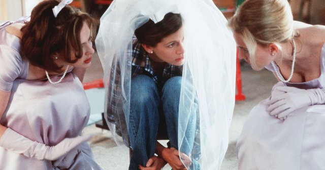 'Runaway Bride' Cast: Where Are They Now? Julia Roberts, Richard Gere, Joan Cusack and More.jpg