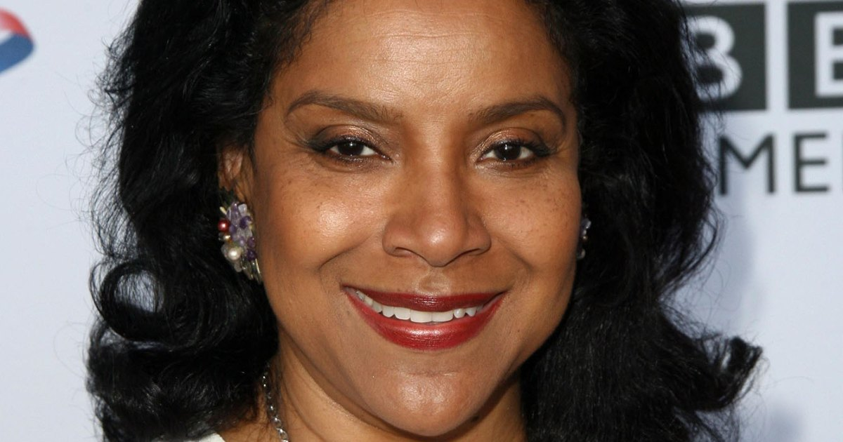 Phylicia Rashad apologizes for Bill Cosby's controversial tweet