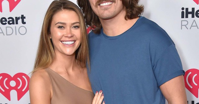 From Boom-Boom Room Logistics to Sneaking in Phones: Dean Unglert and Caelynn Miller-Keyes Spill 'Bachelor in Paradise' Secrets.jpg