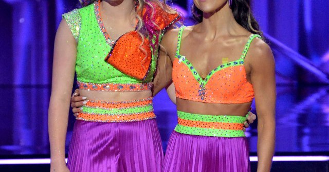 Jenna Johnson Reveals She Got Injured During 'Dancing With the Stars' Premiere Routine With Partner JoJo Siwa.jpg