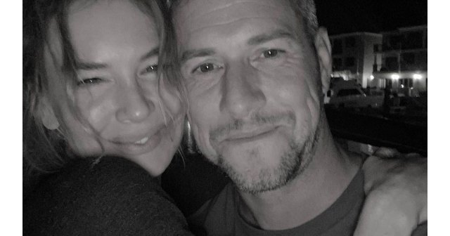 Ant Anstead Shares Romantic Selfie With Renee Zellweger After 3 Months of Dating.jpg