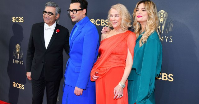'Schitt's Creek' Cast Reunites at Emmys 2021: See Dan Levy, Catherine O'Hara and More.jpg
