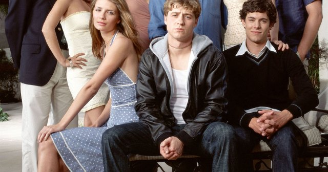 'The O.C.' Cast's Dating Histories Through the Years: Rachel Bilson, Adam Brody and More.jpg