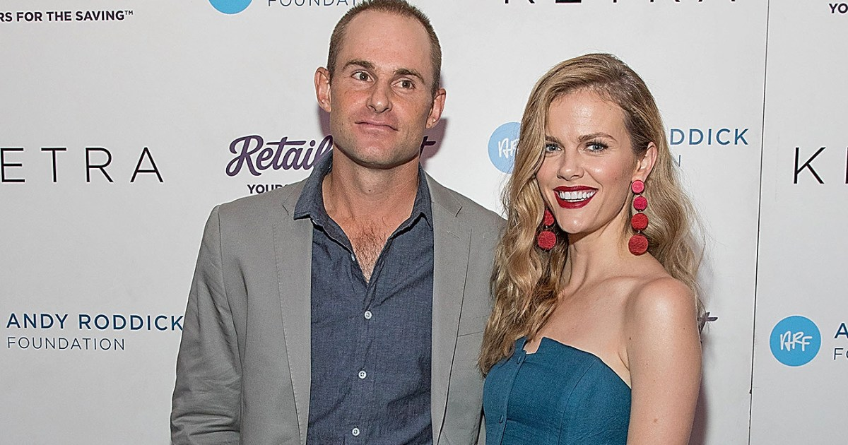Brooklyn Decker Pregnant, Expecting Baby No. 2 With Andy ...