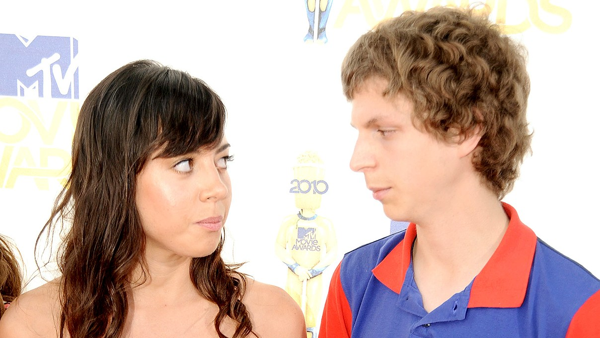 Aubrey Plaza and Michael Cera arrive at the 2010 MTV Movie Awards at Gibson Amphitheatre on June 6, 2010 in Universal City, California.