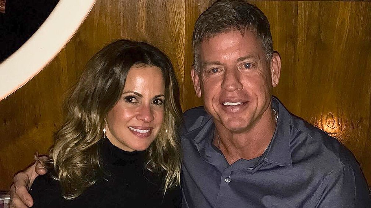 Wife current troy aikman The Truth