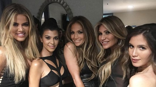 Kourtney and Khloe Kardashian hang with J.Lo, Jessica Alba and Meghan Trainor in Vegas