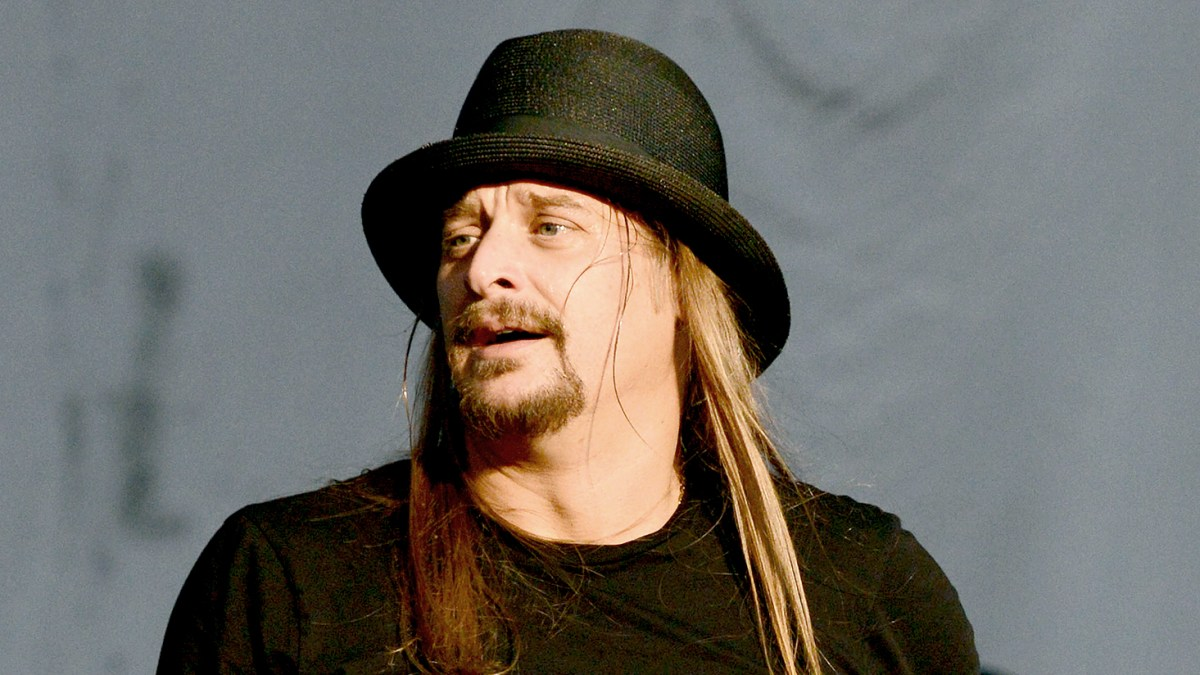 Kid Rock Delivers Political Speech During Michigan Concert ea02d65dfee
