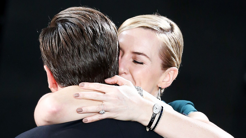 Leonardo DiCaprio and Kate Winslet hugging