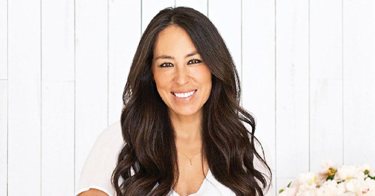 39 Fixer Upper 39 Host Joanna Gaines Shares Her Lemon Pie Recipe