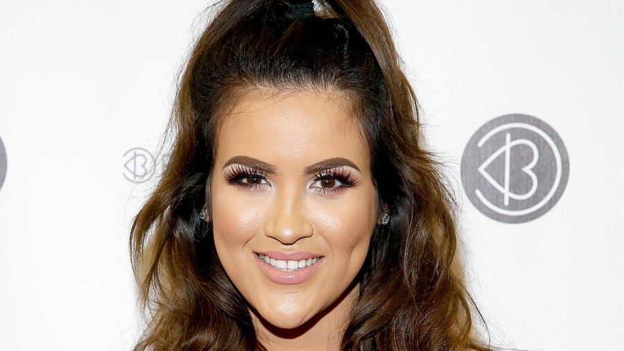 Nicole Guerriero attends 2016 Beautycon Festival NYC at Pier 36 on October 1, 2016 in New York City.