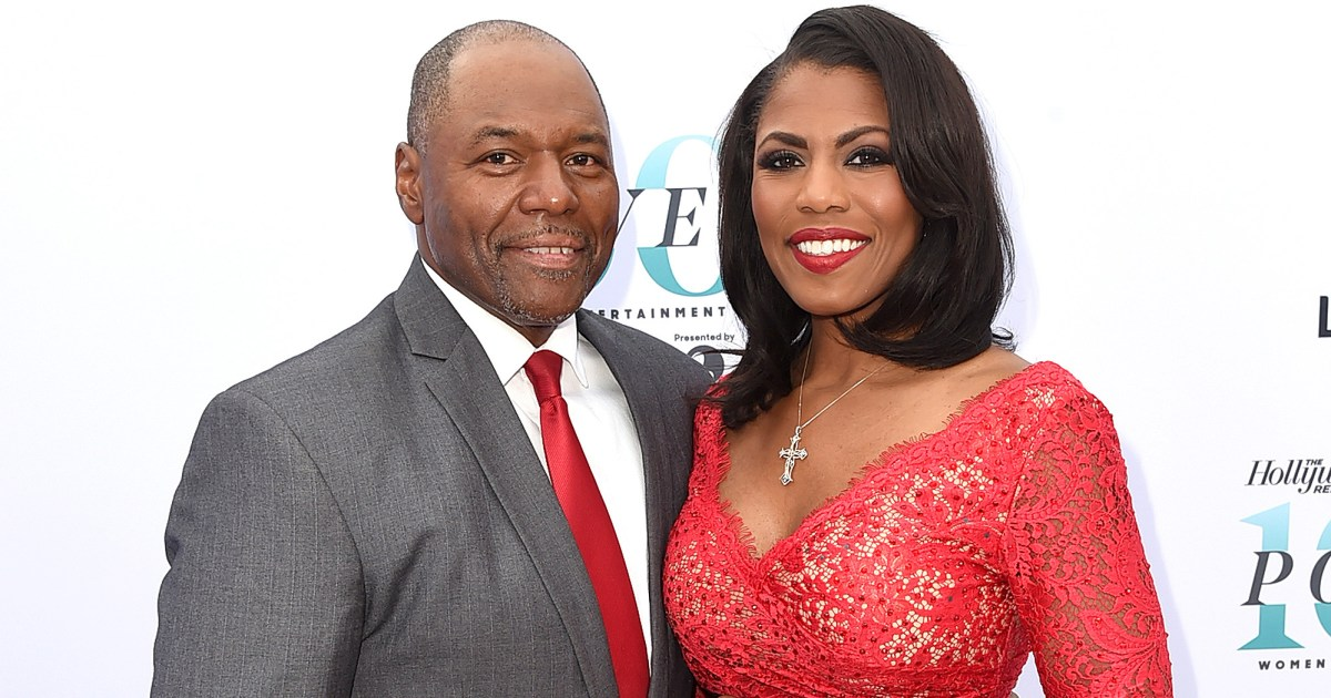 omarosa manigault marries john allen newman at trump hotel photos. Black Bedroom Furniture Sets. Home Design Ideas