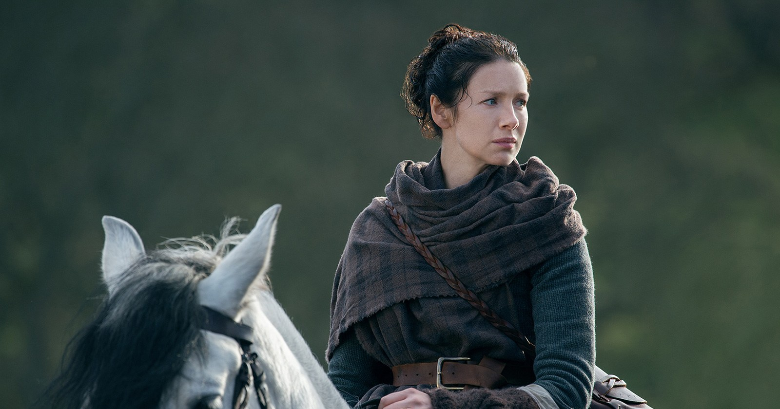 'Outlander' Recap: Jack Randall Gets Married and Beats Up a Corpse, While Claire Fraser Gets a Shocking Suicide Request