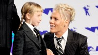 Pink and daughter Willow Sage Hart arrive at the 2017 MTV Video Music Awards at The Forum on August 27, 2017 in Inglewood, California.