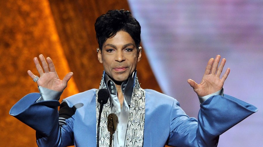 Prince had an appointment with an addiction doctor, according to a report