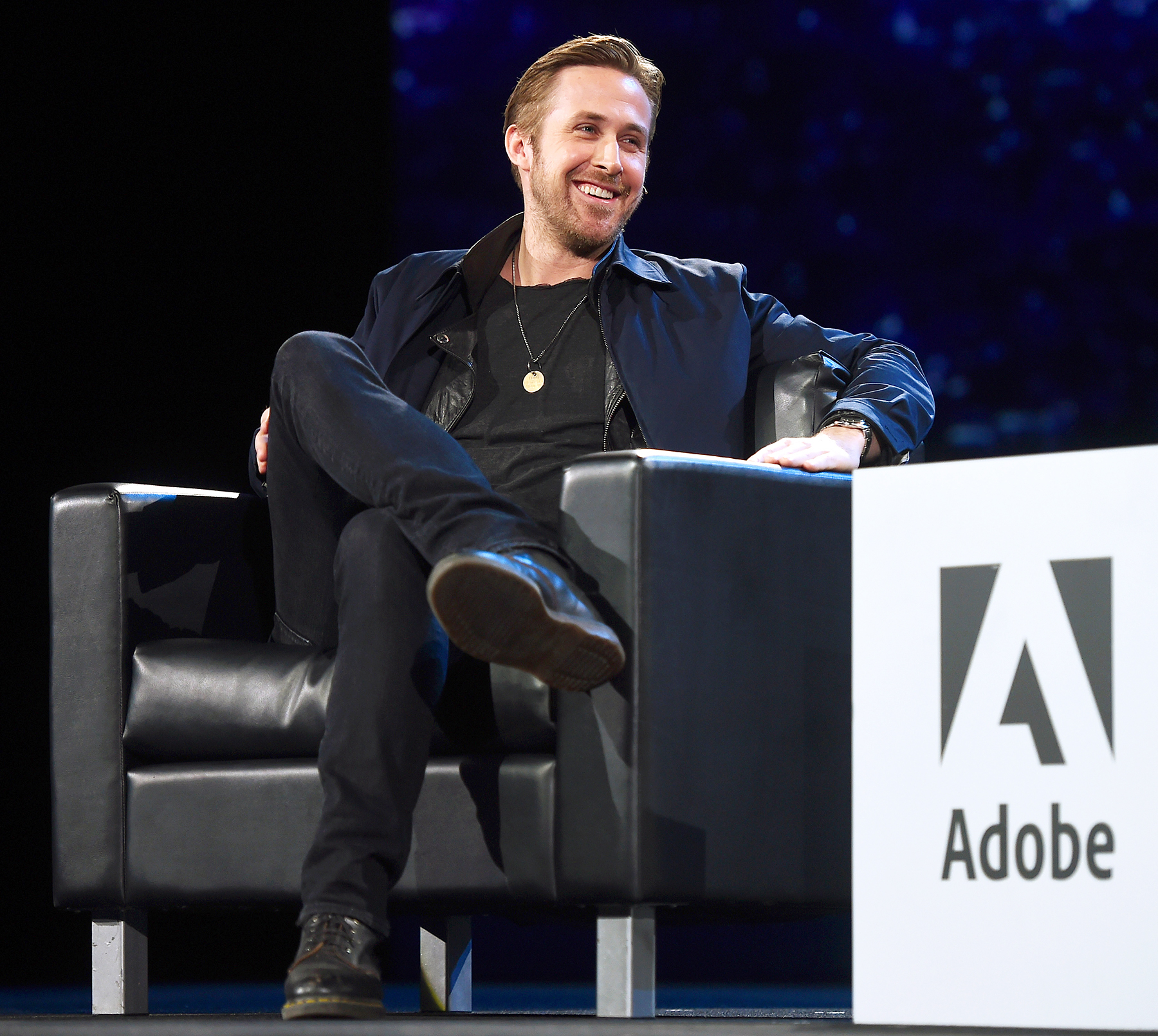 Ryan Gosling Explains Why He Cried Watching A Baby Be Baptised pics
