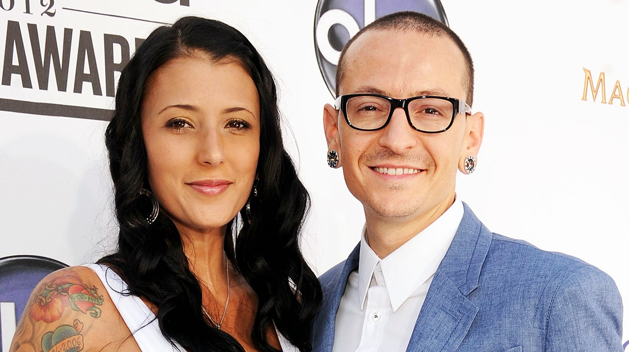 chester bennington's widow posts pic taken days before death