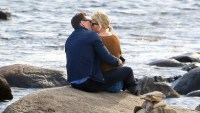 Tom Hiddleston and Taylor Swift kissing.