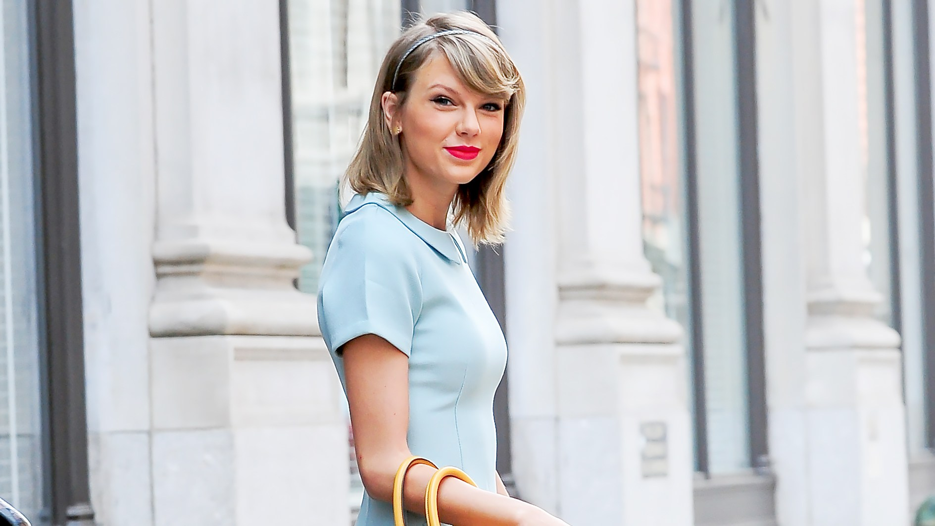 Taylor Swift is seen walking in Soho on April 19, 2015 in New York City.