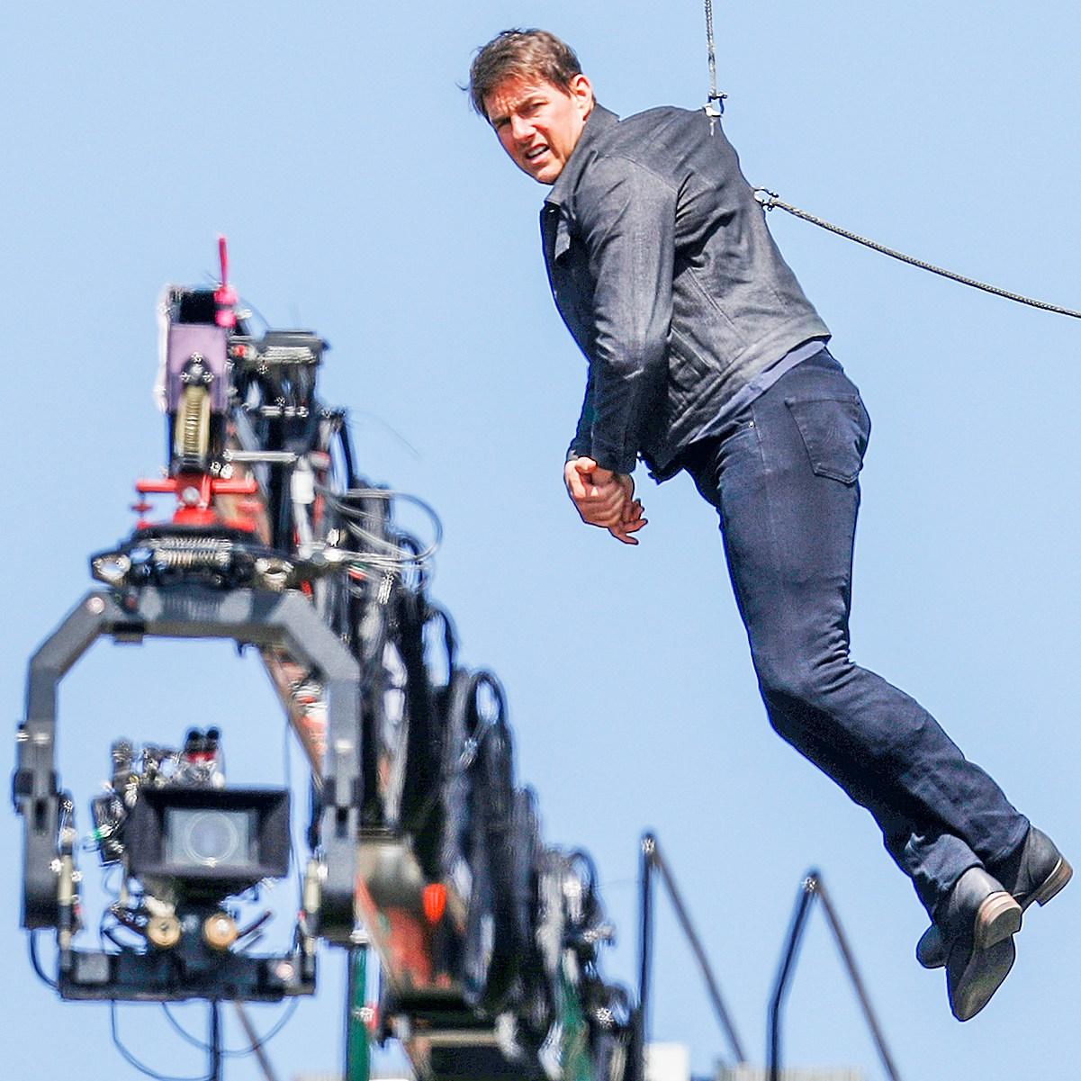 Tom Cruise Mission Impossible 6 Stunt injury