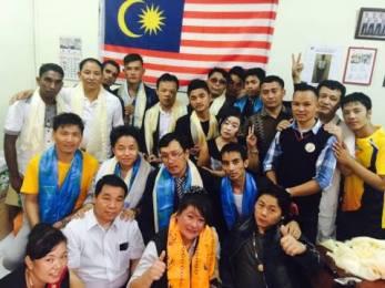 मलेसियाको हिन्दुमन्दिरमा गुञ्जियो नेपाली देउसिरे