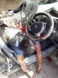 सिद्धबाबामा पहिरो: तीनजनाको मृत्यु,ट्रक र कार पुरियो (फोटो हेर्नुस् )