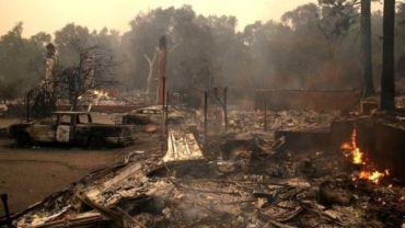 क्यालिफोर्नियामा अनियन्त्रित डढेलो,१० जनाको मृत्यु १५ सय घरहरु ध्वस्त