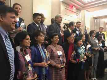 न्युयोर्कमा मानव अधिकारकर्मी नर्वदा क्षेत्री क्वीन्स एम्बासडरद्वारा सम्मानित