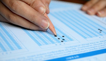 Short multiple choice exams are ineffective and won't work for the new Common Core standards, experts say.