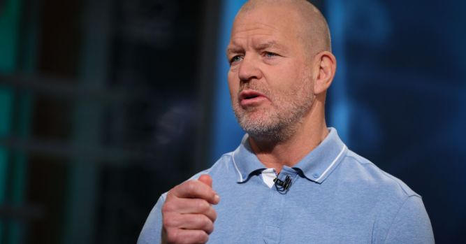 """Lululemon founder Chip Wilson reveals why he hates """"athleisure' 6"""