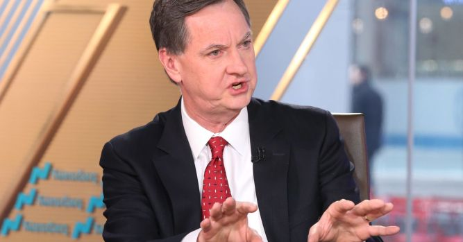 Fed's Evans says it's time to 'readjust the policy stance' and keep raising rates 6