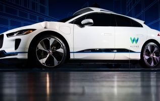 Former Google self-driving car engineer says safety not the priority 2