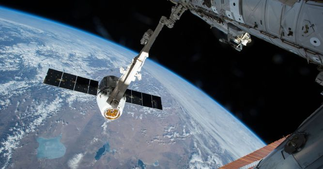 SpaceX launches resupply mission to International Space Station 1