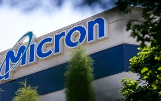 Micron shares drop more than 7% after missing on revenue 2