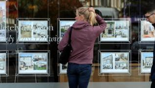 Reality Check: How does the government help first-time buyers? 2