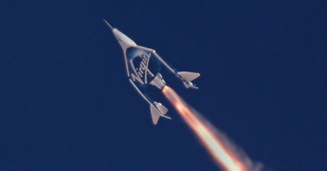 Virgin Galactic flight sends first astronauts to edge of space 1