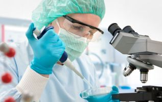 Biotech in midst of major breakout, but one technician says beware 1
