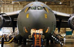 Shutdown could hurt business and aviation industry 1