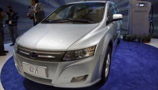 China powers up electric car market 3