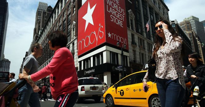 Macy's shares crater on holiday sales results 1