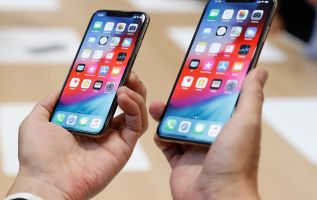 iPhone subscription model would be game changing for Apple: Top analyst 2