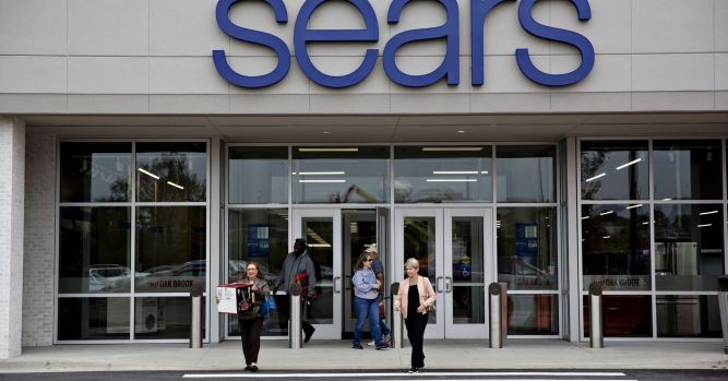Eddie Lampert's bid for Sears may be short. May liquidate without fix 6