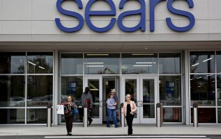 Eddie Lampert's bid for Sears may be short. May liquidate without fix 2